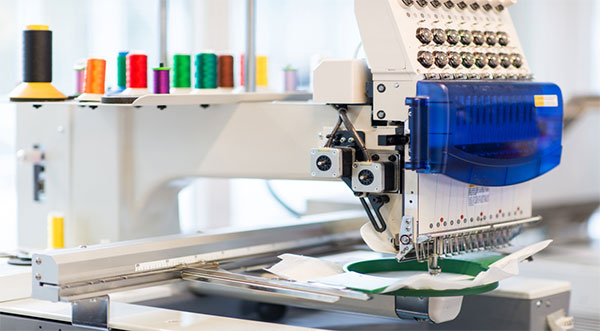 commercial embroidery Machine working